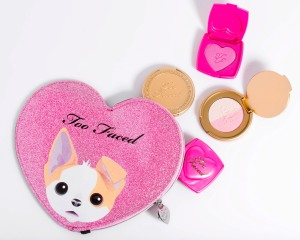 better-together-cheek-makeup-bag-set_6_aed-165