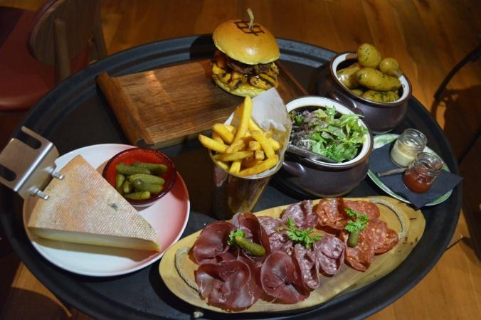 Publique Dubai Raclette